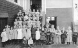 First grade class in Kalama, Washington, 1908