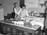 Washington Water Power Company dealer cooking class, Ritzville, Washington, March 30, 1939